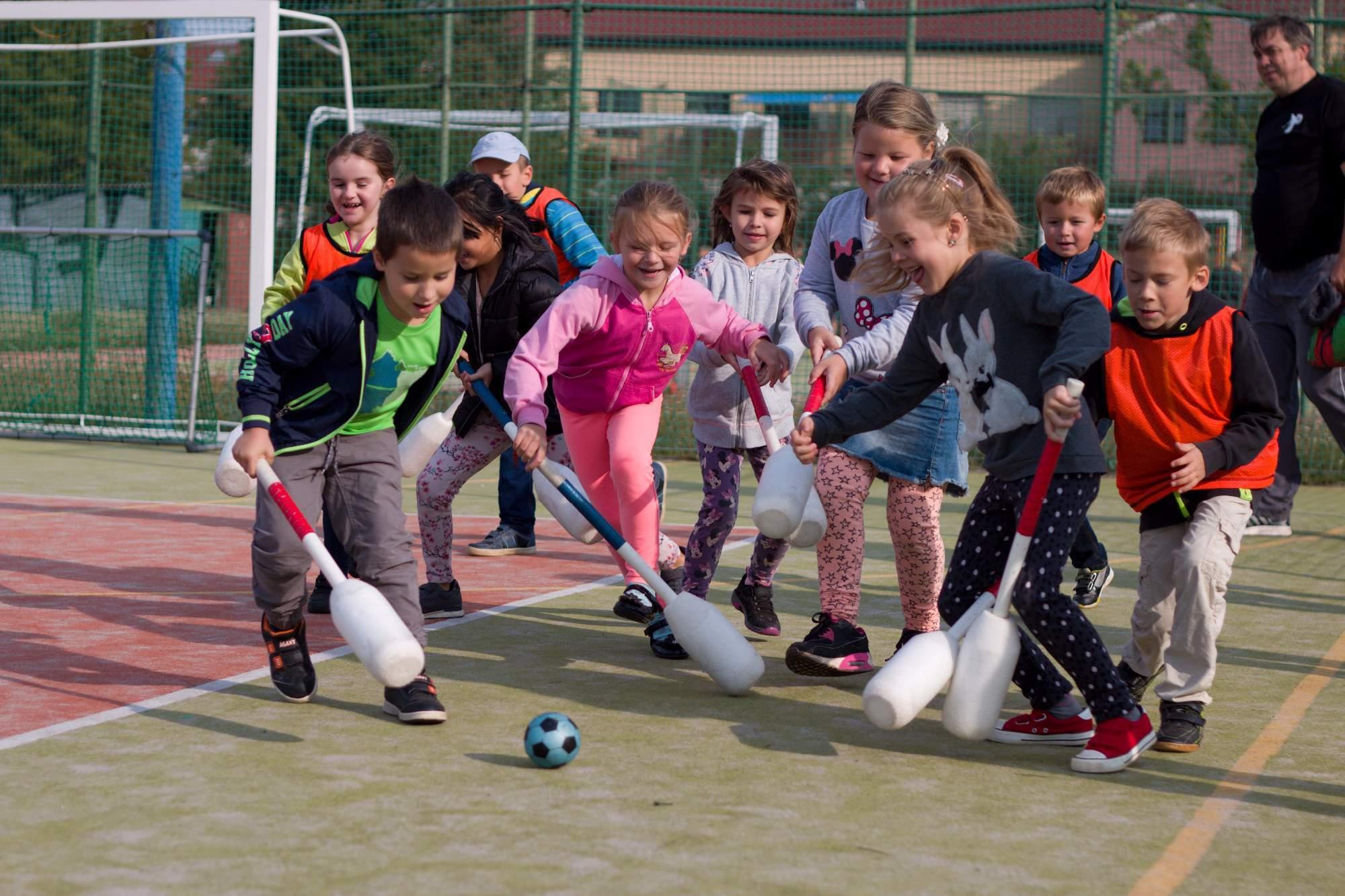 Příspěvek na školní i mimoškolní sportovní aktivity od VZP
